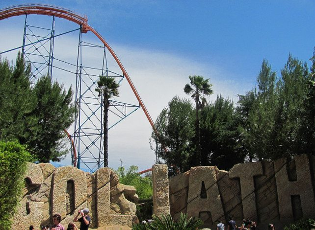 Goliath, Six Flags Magic Mountain, USA (137km/h)