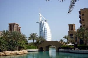 Dubai: Respecting Uae Dress Code While On Holiday