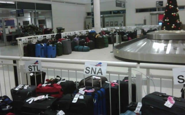 4 Tips To Avoid Baggage Fees At The Airport
