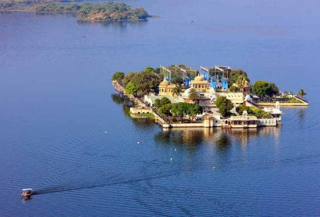 India Udaipur Taj Lake Palace