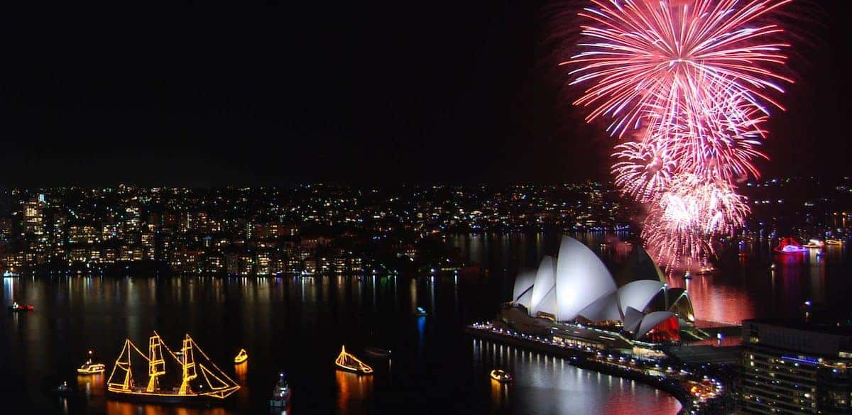 New Year Eve 2008 Fireworks - Sydney Opera House